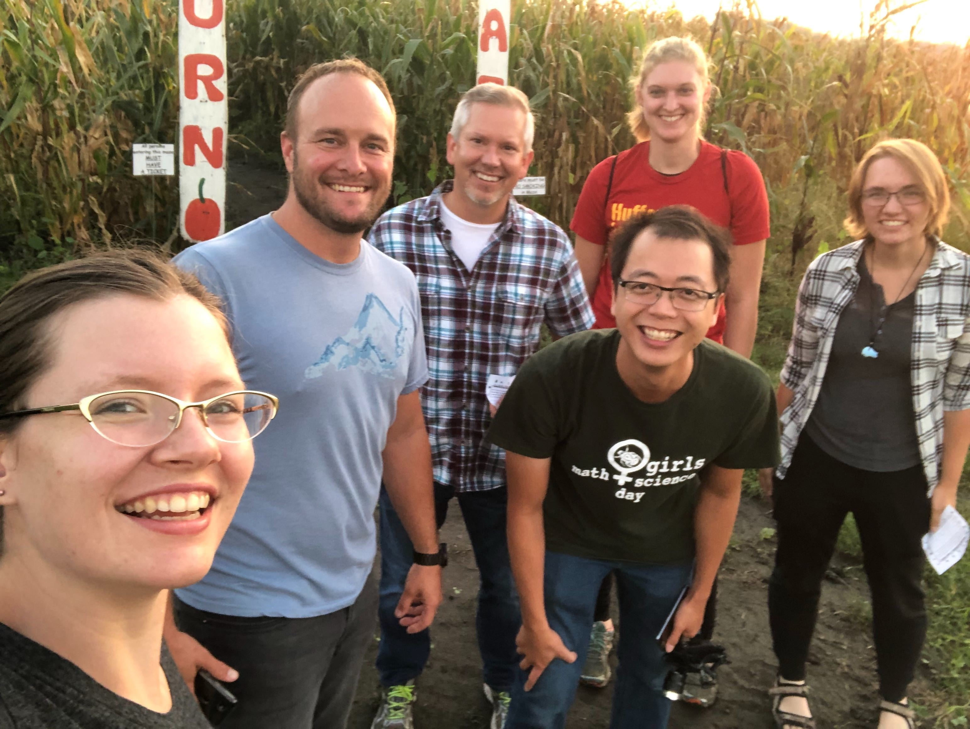 Hufford Lab taking on the Pumpkinville Corn Maze